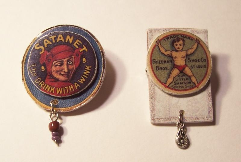 SET OF TWO PINS